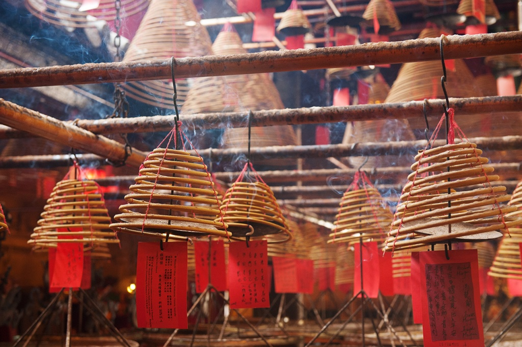 Man-Mo-Temple-incense
