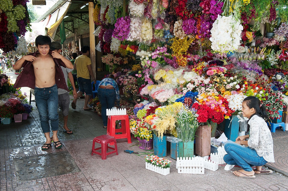 Hitting the Streets of Ho Chi Minh City, Vietnam (part 2) – Ben Thanh Market