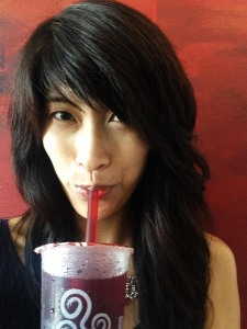Yours truly, enjoying a roselle 'bubble tea' from Gong Cha, chock full of clear tapioca 'pearls'