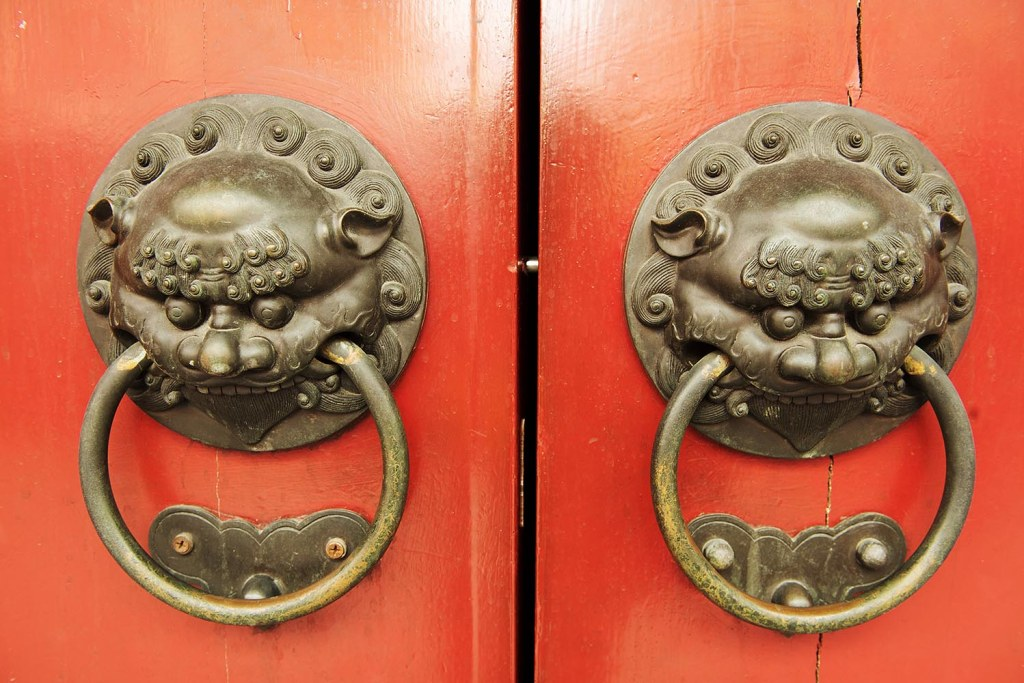 Nice knockers - in Chinatown