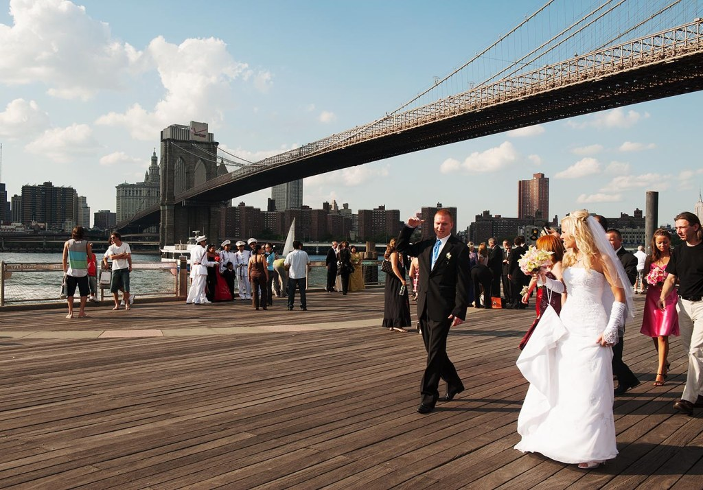 That classic Brooklyn wedding shoot locale - under the Brooklyn Bridge