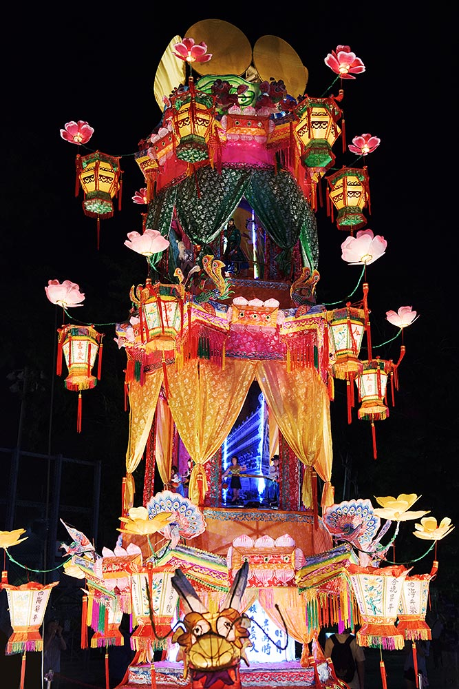 A giant lantern display