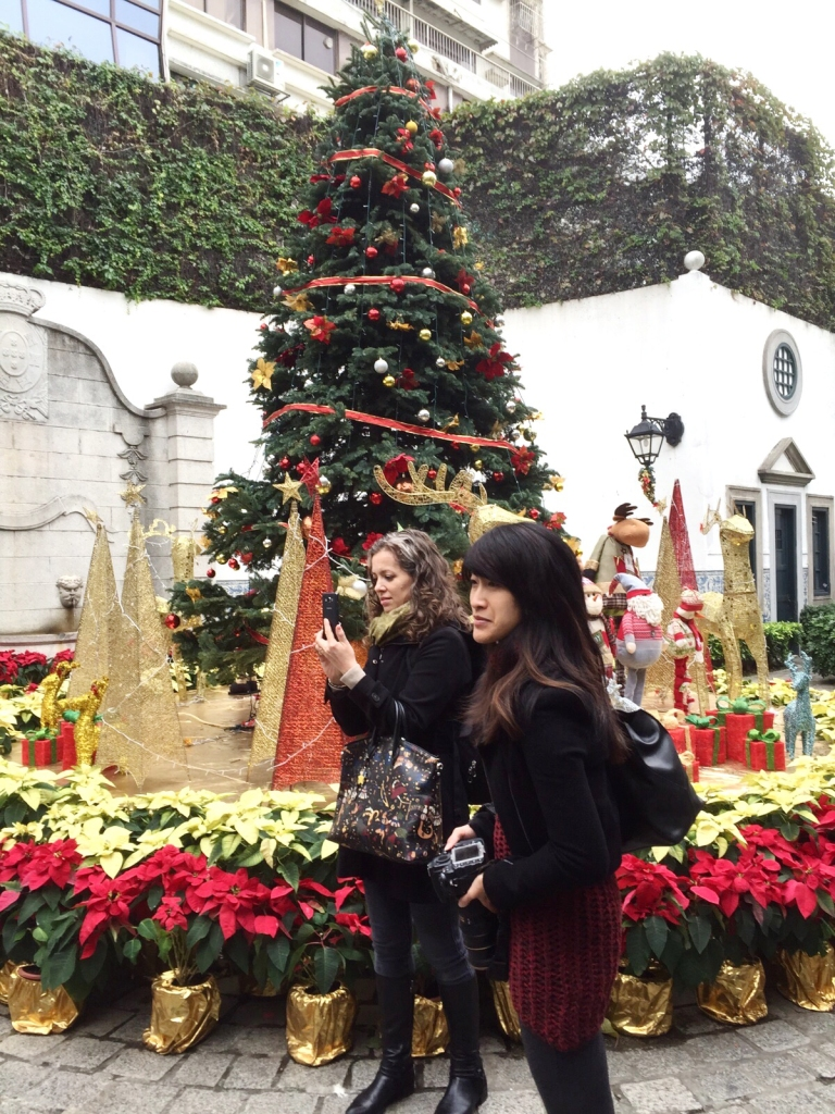 Jen and I absorb the festive decor at Senado Square